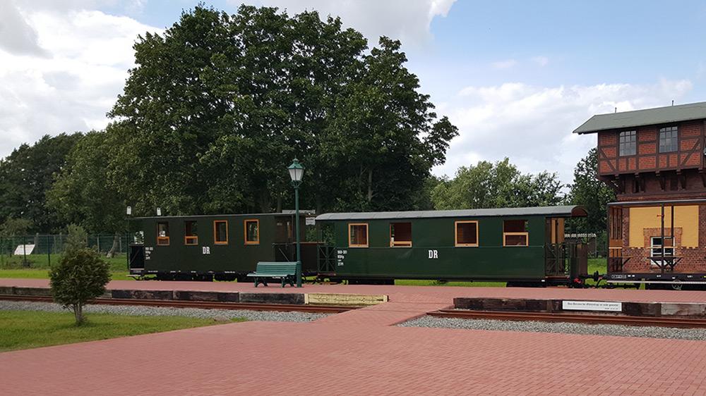 Zug mit historischen Wagons
